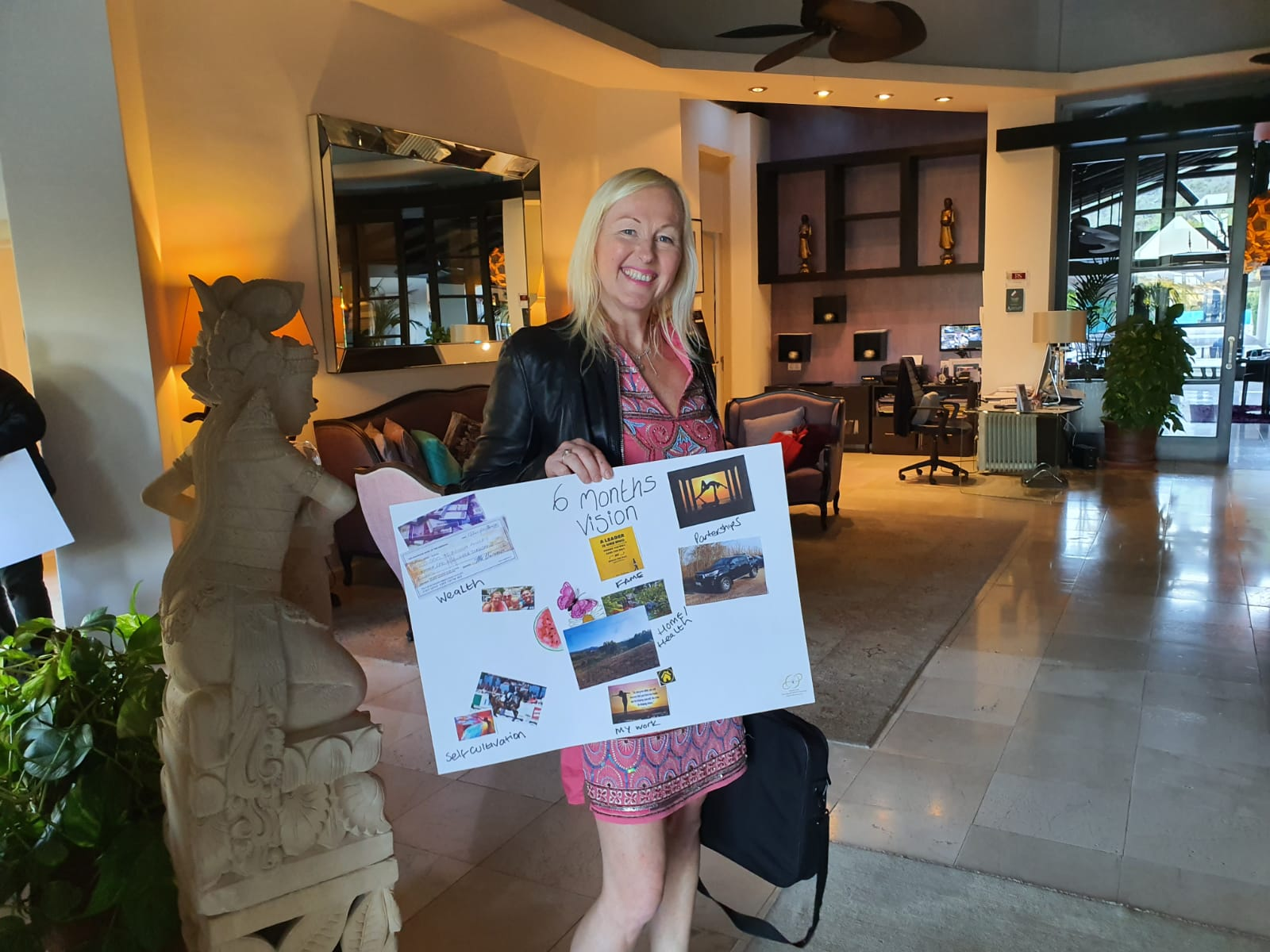 Vision board workshop presented by Infinite Love academy at Shanti som Marbella Spain